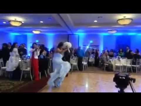 මධුසමය ගත කරන්න යන්න මොහොතකට කලින් Dance කරන්න ගිහින් වැඩේ වරද්ද ගන්න හැටි