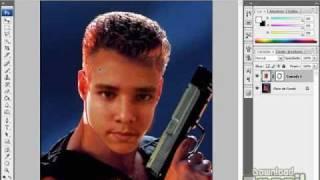 Como mudar o rosto de uma pessoa para outra - DETALHADA (Photoshop)