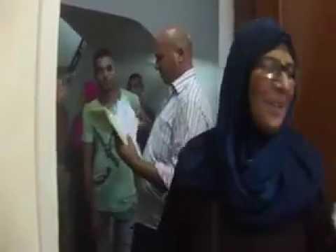شاهد بالفيديو .. تسليم مجموعة من أهالي مثلث ماسبيرو لشققهم السكنية بحي الاسمارات