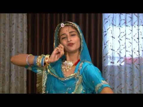 Video Padman Movie Artist Parul Chouhan Performs Dance on Aur Rang De download in MP3, 3GP, MP4, WEBM, AVI, FLV January 2017