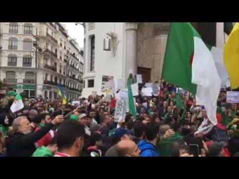 Αλγερία: Διαδηλώσεις στη μετά – Μπουτεφλίκα εποχή
