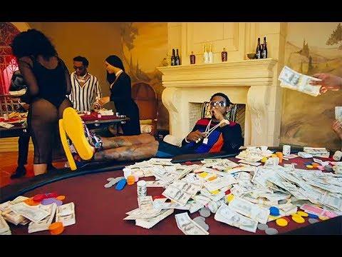 Gucci Mane - I Get the Bag ft. Migos (Lyrics)