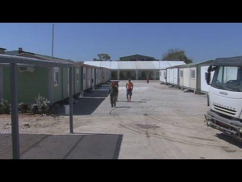 Στο Βοτανικό μετεγκαταστάθηκαν οι πρόσφυγες