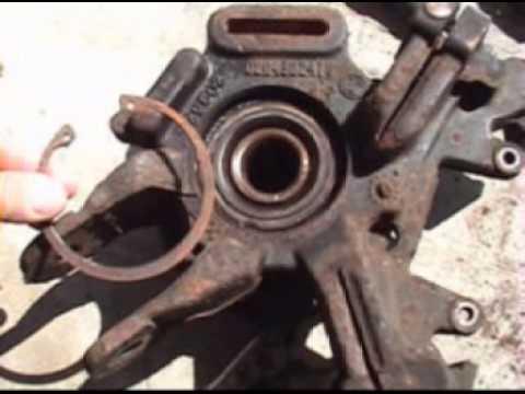 2004 mercury Mountaineer rear hub change (видео)