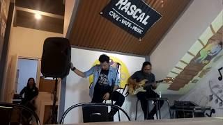Video Kita Yang Beda - Virzha Akustik Cover @Rascal Cafe Citra Raya MP3, 3GP, MP4, WEBM, AVI, FLV April 2018