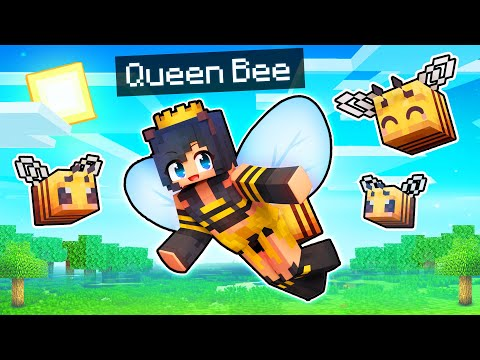 Playing Minecraft As The QUEEN BEE!