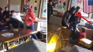Video Siswa memukul temannya yang menyakiti guru - Tomonews MP3, 3GP, MP4, WEBM, AVI, FLV Februari 2018