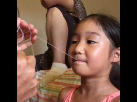 如何巧妙為孩子無痛弄脫牙齒