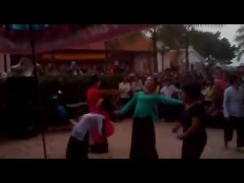hình Video - Chán Quan Họ Liền Chị Bắc Ninh Chuyển Sang Disco