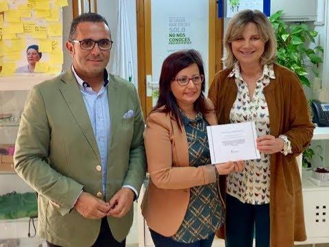 La Redondela entrega la Recaudación Solidaria a AECC