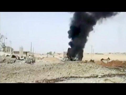Συρία: Δεκάδες νεκροί από διπλή επίθεση αυτοκτονίας