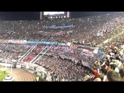 Video - Boca no tiene marido, Boca no tiene mujer... - Los Borrachos del Tablón - River Plate - Argentina - América del Sur