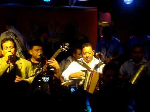 Baracunata-na (en vivo - New... Lisandro Meza