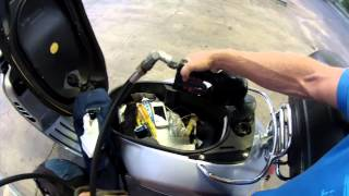 9. Vespa Tip - How can I avoid overflowing the gas tank?