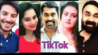 Video മലയാളത്തിലെ നടിനടന്മാരുടെ മികച്ച ഡബ്സ്മാഷുകൾ   Malayalam Actors Viral Dubsmash Mallu TikTok Comedy MP3, 3GP, MP4, WEBM, AVI, FLV Desember 2018
