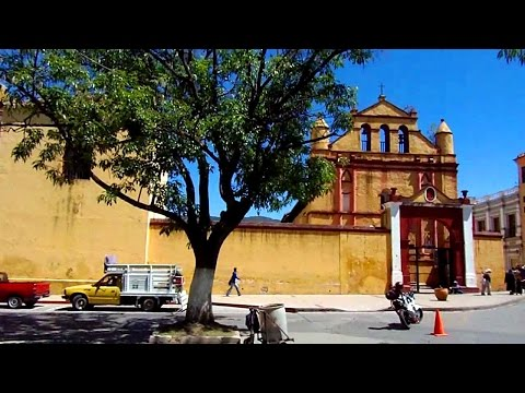 A Walking Tour of Amazing San Cristobal, Mexico (Chiapas)