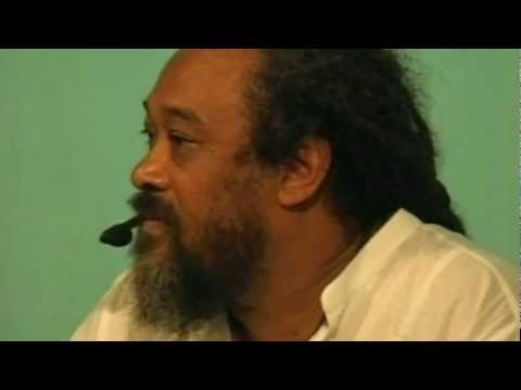 Mooji Video: A Sense of Presence