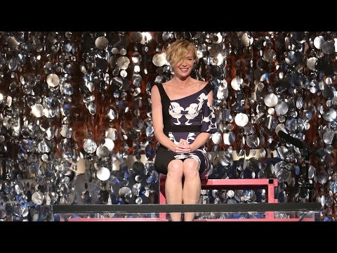 TheEllenShow - In the name of breast cancer research, Ellen's wife, Portia de Rossi, faced the dunk tank!