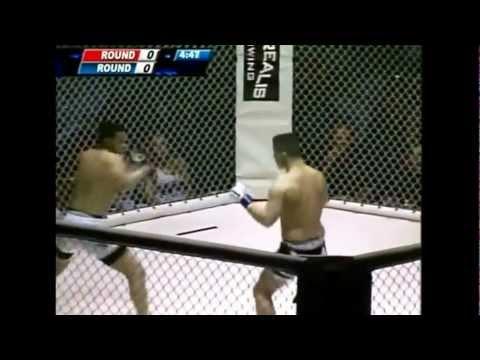 MMA Knockout lo dobla en U