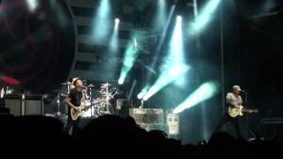 Nonton Blink 182 - After Midnight Live @ Amnesia Rockfest 2014 - Montebello Film Subtitle Indonesia Streaming Movie Download