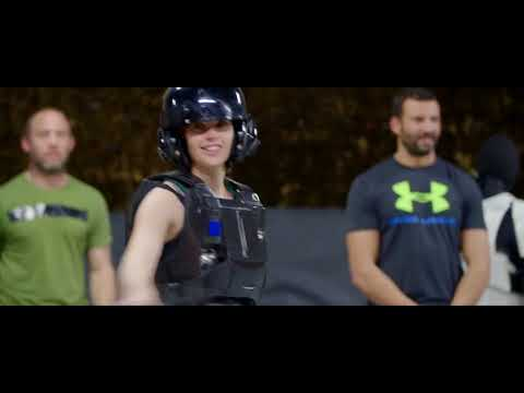 Training - Featurette Training (English)
