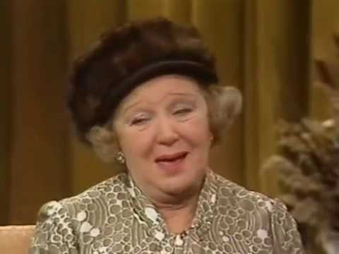 ON THE BUSES DORIS HARE