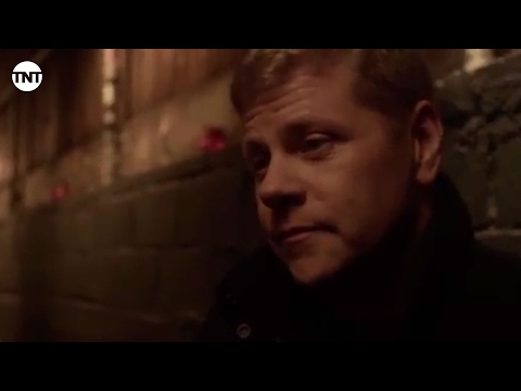 Episode 405 Preview 9 | Southland | TNT