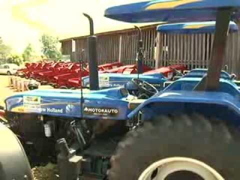 Jorge Viana entrega equipamentos agrícola em Capixaba