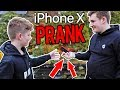 SURPRISING MY BROTHER WITH AN IPHONE X (PRANK)