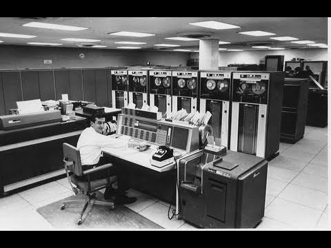 internet - En este apasionante documental se habla de la historia de internet, desde su origen más remoto, la inicial estructura militar ARPANET, hasta la actualidad co...