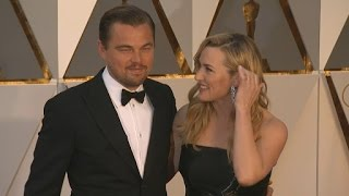 We can't resist a Kate and Leo sighting! We caught Kate Winslet and Leonardo DiCaprio's moment together on the 2016 Academy Awards red carpet and ...