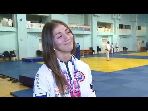 Взять две медали чемпионата России со сломанной рукой. Айгуль Куценко практикует и такое
