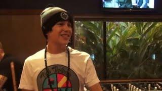 Austin Mahone - Pool Challenge with Mama Mahone - YouTube
