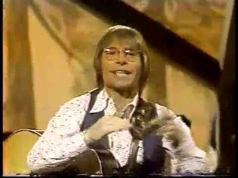 Video John Denver - Thank God I'm a Country Boy (22 March 1977) - Thank God I'm a Country Boy (w intro) download in MP3, 3GP, MP4, WEBM, AVI, FLV January 2017