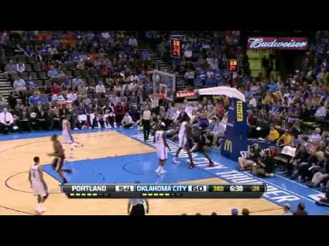 JJ Hickson dunks on the Thunder