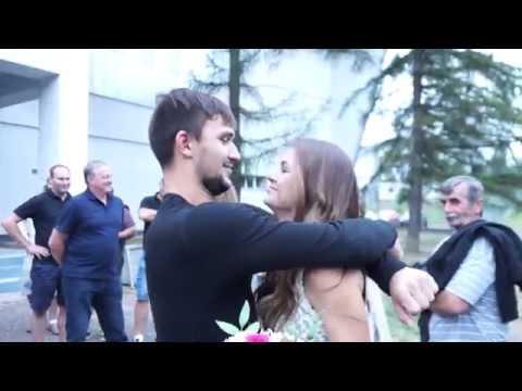 Якуба Коваржа встречают родные после игры