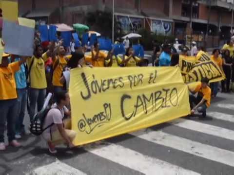 Carlos Paparoni: El decreto de estado de excepción sólo agudizó la crisis en Venezuela