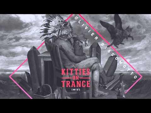 Kiki & Raxon - Knights (Original Mix) [Suara] (видео)