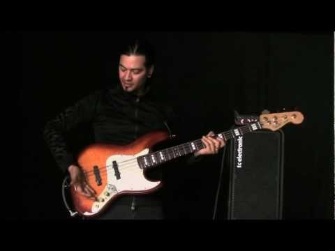 We met Uriah Duffy and did a bass session with him. Watch as he shows how to create dynamics with the cool mute tip.