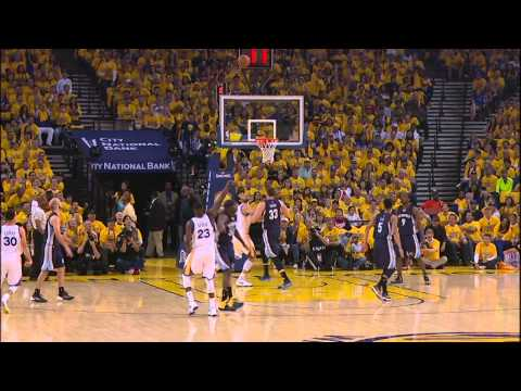 Video: Stephen Curry's Slick Behind-the-Back Assist to Green