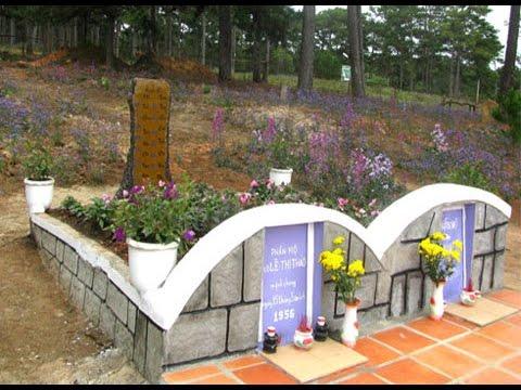 Sự tích đồi thông hai mộ ở Đà Lạt và câu chuyện tình cảm động