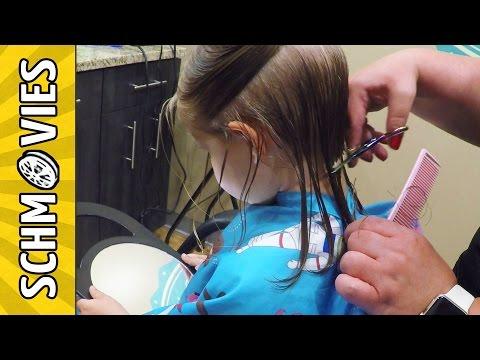 Cute Little Girl gets a CUTE Haircut!!