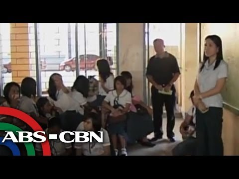 Labor Strike - Public school teachers threaten government that they are going to boycott if requested salary increase will not be approved. Subscribe to the ABS-CBN News ch...