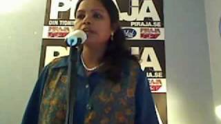Video Indian lady singing We Will Rock You MP3, 3GP, MP4, WEBM, AVI, FLV Juli 2018