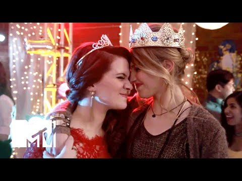 Faking It Season 1 (Promo 'How Far Would You Go?')