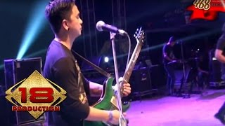 Video Ungu - Aku Bukan Pilihan Hatimu  (Live Konser Semarang 9 Mei 2015) MP3, 3GP, MP4, WEBM, AVI, FLV Mei 2018