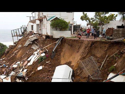 Südafrika: Mehr als 50 Tote nach heftigen Erdrutschen