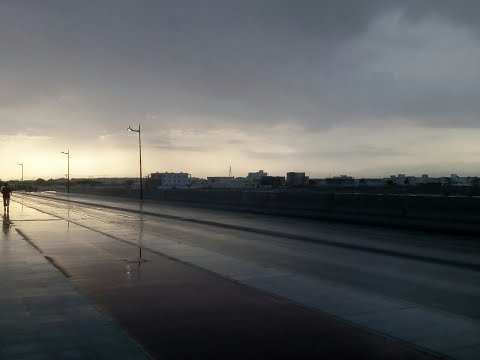 Some parts of Muscat, near Al Hail and Seeb, experienced rainfall early this morning.