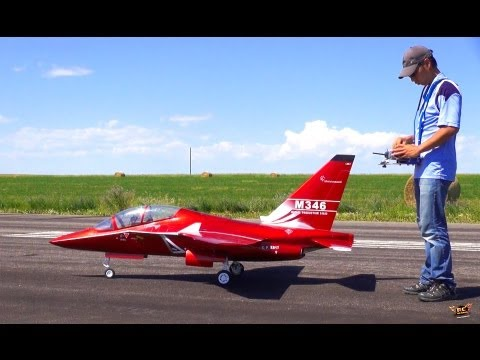 Jet - Click Here To Subscribe! ▻ http://bit.ly/JOovvU - 1080p to taste the CANDY APPLE RED! What a BEAUTiFUL AiRPLANE! This RC has Dismountable: Wings & Fins, Carb...