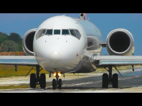 A Spectacular Morning at Skiathos Airport - Boeing 717, 737-700, Citation - Low Landings & Jetblast